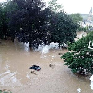Das Hochwasser in Bad Neuenahr hat im Ort großen Schaden angerichtet.