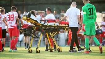 Marcelo Saracchi musste beim Test gegen Montpellier verletzt vom Platz.