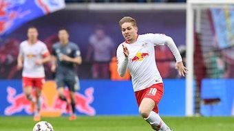 Emile Smith Rowe im Trikot von RB Leipzig.