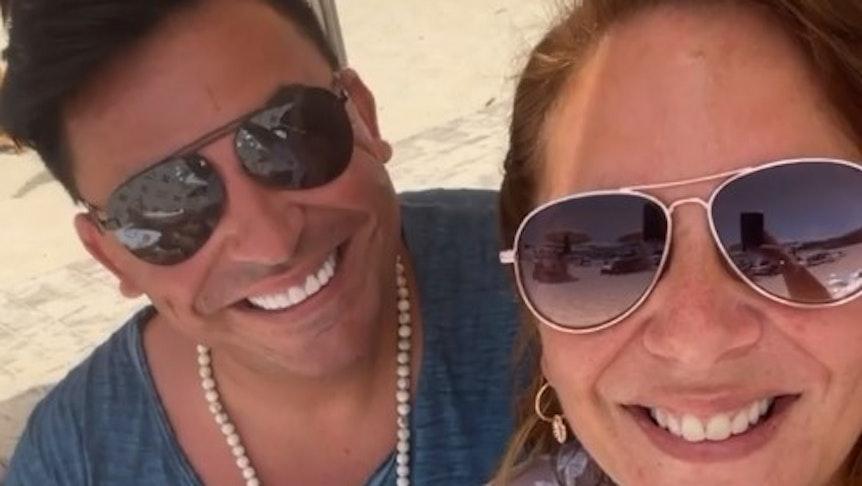 Danni Büchner und Matthias Mangiapane am Strand von Ibiza. Das Foto postete Danni Büchner am 23. Juli 2021 in ihrer Instagram-Story.