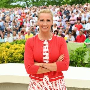 """""""ZDF-Fernsehgarten"""": Moderatorin Andrea Kiewel auf undatiertem Foto"""