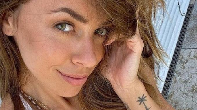 Vanessa Mai hat am 26. Juli Fotos auf Instagram gepostet, die Dehnungsstreifen auf ihren Brüsten zeigen.