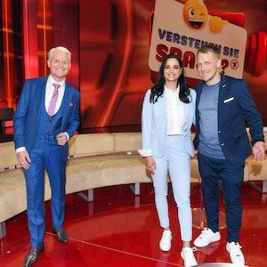 """Zu Gast bei Guido Cantz: Amira und Oliver Pocher beweisen Humor in der Show """"Verstehen Sie Spaß?""""."""
