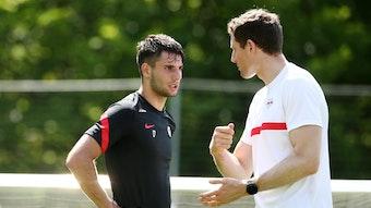 Leipzigs Dominik Szoboszlai (l.) schwitzt in Saalfelden für sein Comeback.