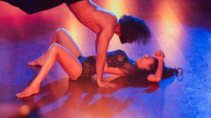 Profitänzer Massimo Sinato und Profitänzerin Ekaterina Leonova tanzen im Mai 2019 in der RTL-Tanzshow Let's Dance.
