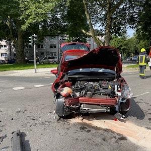 Bei einem Verkehrsunfall mit einem Rettungswagen sind am 30. Juli in Gelsenkirchen mehrere Personen verletzt worden.