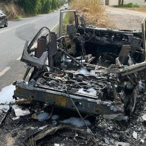 Der ausgebrannte Land Rover von Thomas Anders auf Ibiza