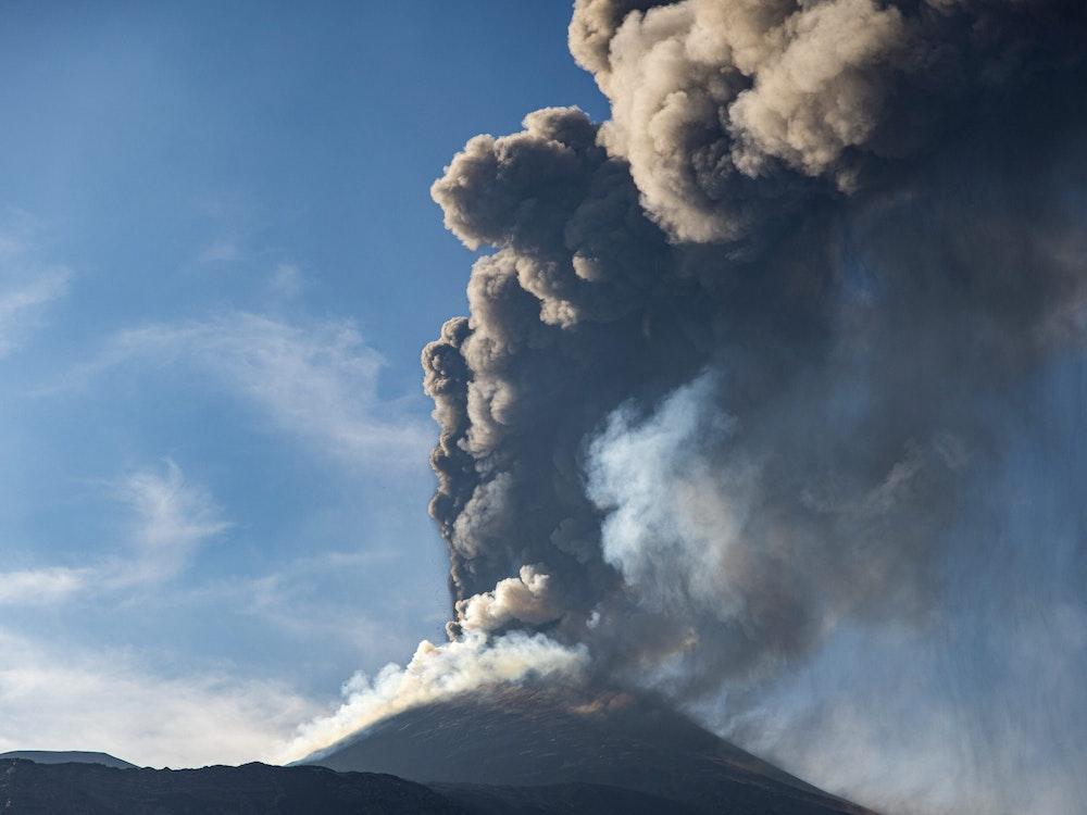 Der Ätna auf Sizilien (Foto vom 4. Juli 2021) ist erneut ausgebrochen.