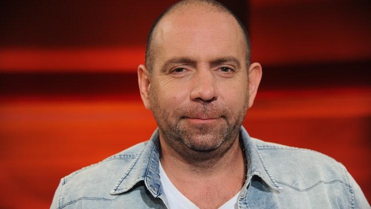 Ikke Hüftgold, Sänger, zu Gast in der ARD-Talkshow Hart aber Fair.