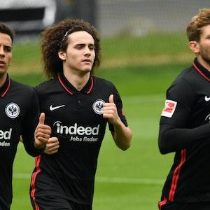Rodrigo Zalazar, Fabio Blanco und Christopher Lenz drehen ihre Runden bei Eintracht Frankfurt