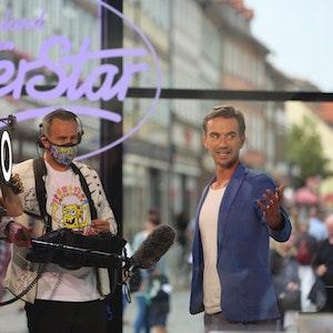 Schlagerstar und Jury-Mitglied Florian Silbereisen steht am 23. Juli 2021 vor der TV-Aufzeichnung der bekannten RTL-Castingshow «Deutschland sucht den Superstar» DSDS für ein Interview am Set.
