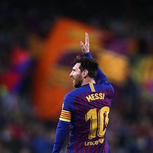 Lionel Messi bejubelt einen Doppelpack im Trikot des FC Barcelona