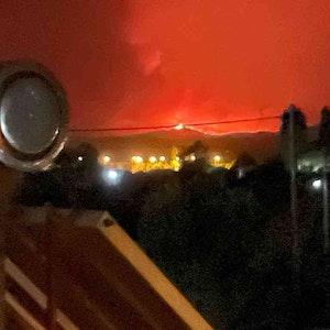 Ein Waldbrand auf der zweitgrößten griechischen Insel Euböa.