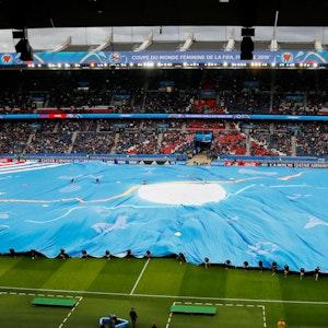Ein Überblick über die Eröffnungsfeier der Frauen-Fußball-WM.