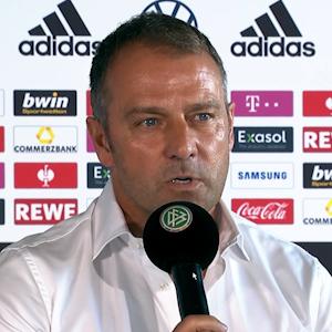 Hansi Flick gibt eine Pressekonferenz beim DFB.