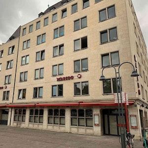Das verwaiste ehemalige Steakhaus Maredo am Kölner Heumarkt.