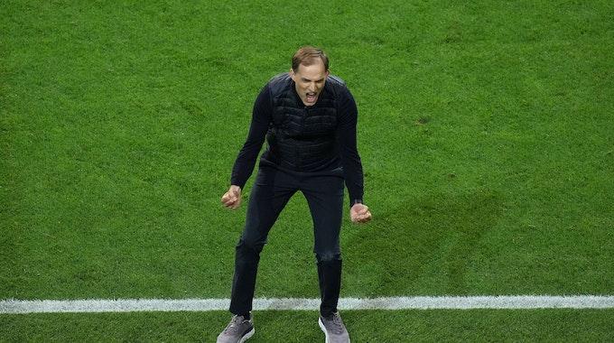 Thomas Tuchel bejubelt den Gewinn der Champions League mit dem FC Chelsea.