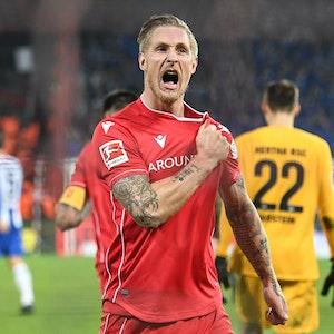 Union Berlins Torschütze Sebastian Polter freut sich über seinen Treffer gegen Hertha BSC.
