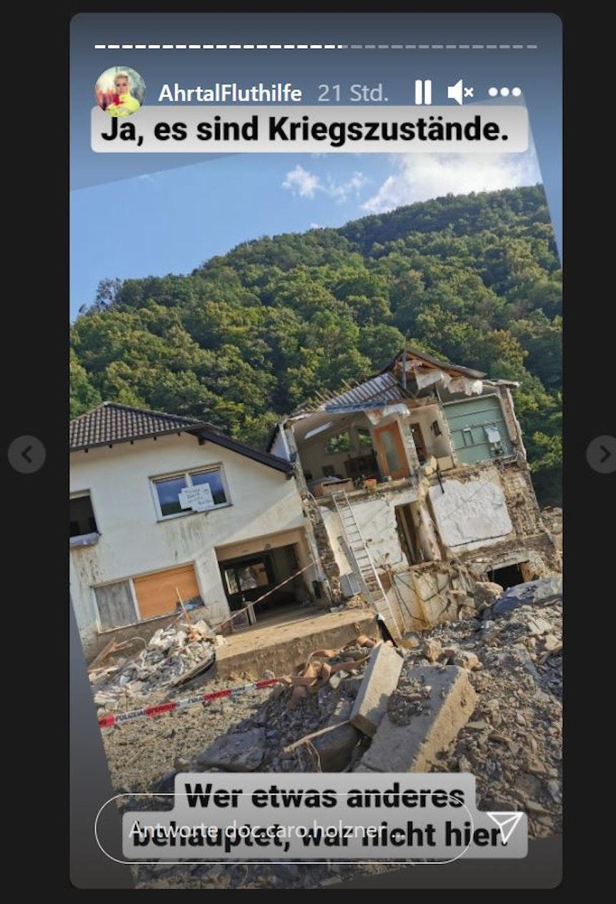 """Auf Instagram schildert Doc Caro ihre Eindrücke vom zerstörten Ahrtal, in einer Story macht sie klar, dass dort """"Kriegszustände"""" herrschten."""