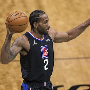 Los Angeles Clippers forward Kawhi Leonard während eines Spiels gegen die Charlotte Hornets.