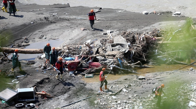 Überschwemmungen in der Türkei: Mehr als 50 Menschen sind inzwischen tot. Ein Grund für die Katastrophe ist der Klimawandel.