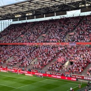 Express-Reporter Basti Ebel war beim ersten FC-Heimspiel im Rhein-Energie-Stadion mit Zuschauern am 15. August 2021. Foto: Bastian Ebel