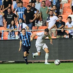 Mesut Özil im Spiel gegen Adana Demirspor