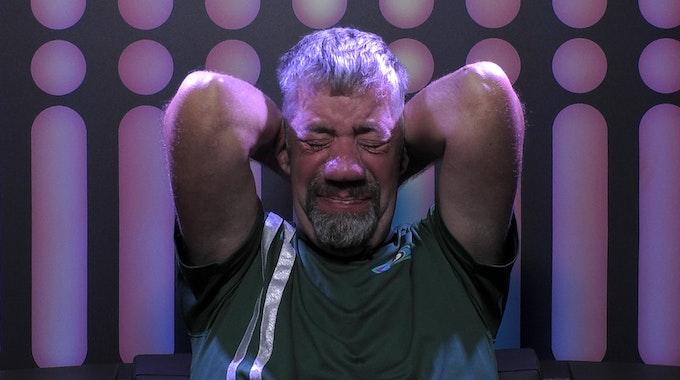 Uwe kämpft bei Promi Big Brother 2021 mit seinen Gefühlen.