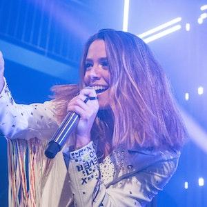 """Vanessa Mai, Sängerin, tritt im Gruenspan im Rahmen ihrer Teaser Show-Tour für ihr neues Album """"Für immer"""" auf."""