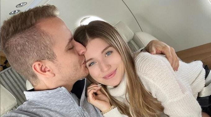 Influencerin Bibi Claßen zusammen mit Ehemann Julian Claßen auf einem Selfie auf Instagram, hochgeladen am 7. Oktober 2019