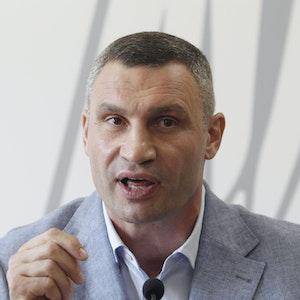 Vitali Klitschko, ehemaliger Box-Profi und Bürgermeister von Kiew, spricht bei einer Pressekonferenz. Klitschko stellte sich am 25. Oktober 2020 zur Wiederwahl als Bürgermeister in der Hauptstadt.