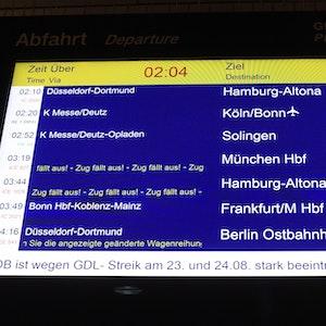 Der Streik der Lokführergewerkschaft GDL darf weitergehen. Das hat das Hessische Landesarbeitsgericht in Frankfurt am Freitag (3. September 2021) entschieden. Unser Symbolfoto wurde am 23. August 2021 aufgenommen.