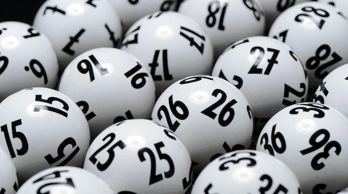 Lotto am Samstag (09.10.21): Heute gibt es 3 Millionen Euro zu gewinnen.