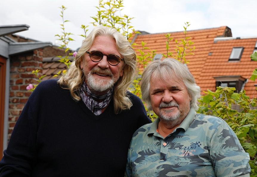 Jürgen Fritz und Tommy Engel auf einem Dach in Köln.