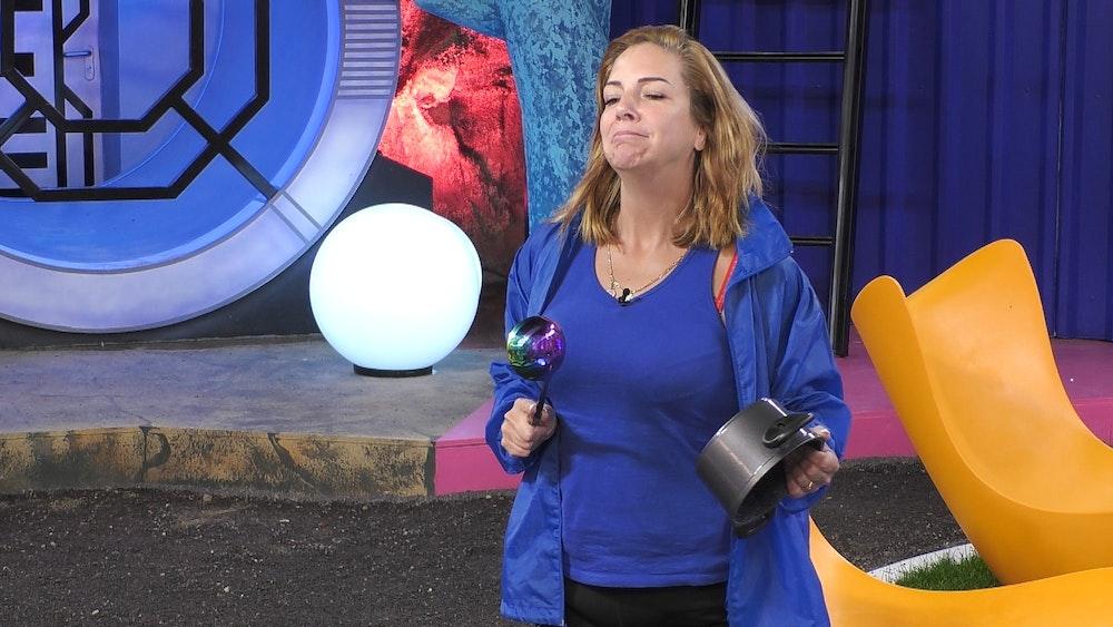 Promi Big Brother 2021: Daniela Büchner auf dem Big Planet