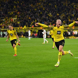Erling Haaland feiert seinen 3:2-Siegtreffer gegen die TSG Hoffenheim