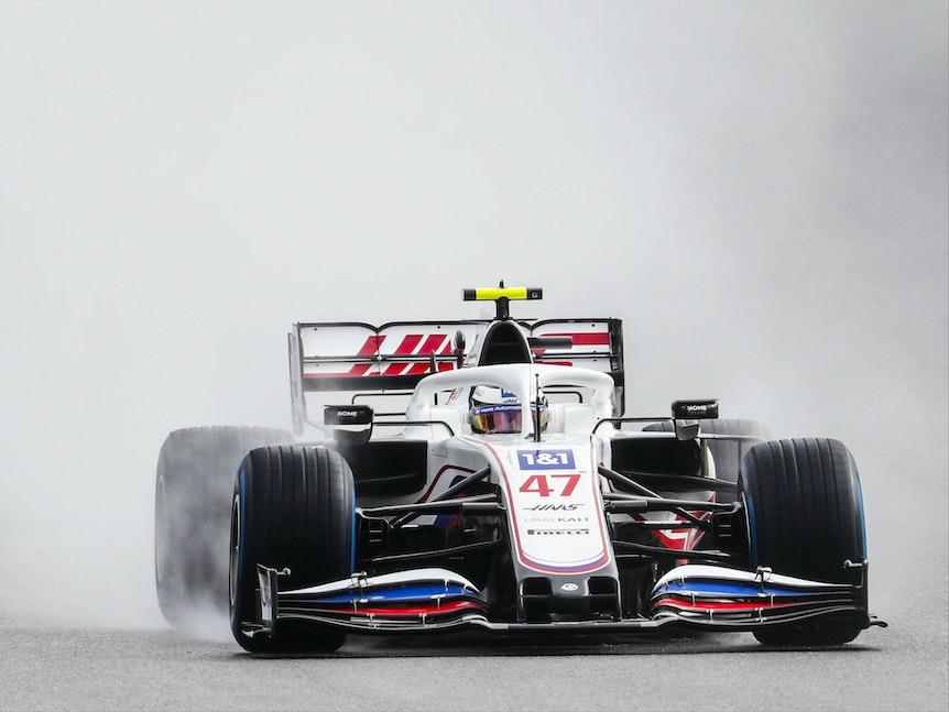 Mick Schumacher landetet beim Qualifying für den Großen Preis von Belgien auf dem 18. Platz.