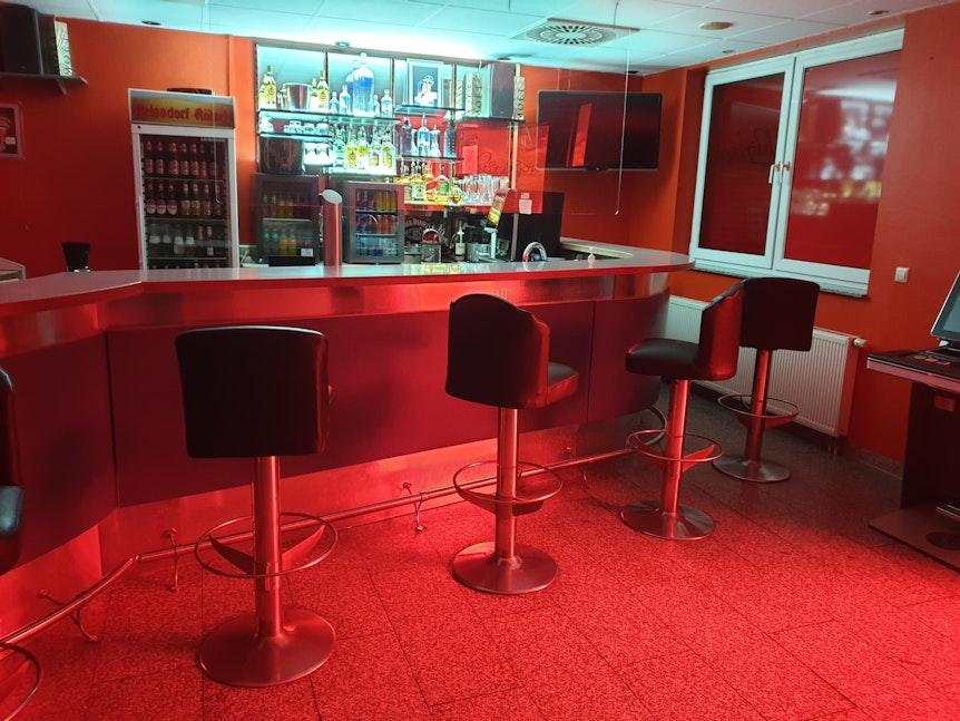 """Die Bar im """"Das Bordell Eros Center Köln"""" in der Hornstraße."""