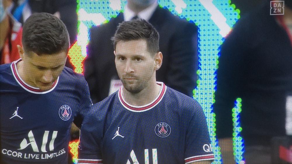 Lionel Messi wird bei Paris Saint-Germain im Spiel bei Stade Reims eingewechselt.