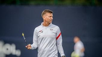 RB Leipzigs Cheftrainer Jesse Marsch beim Training am Cottaweg.
