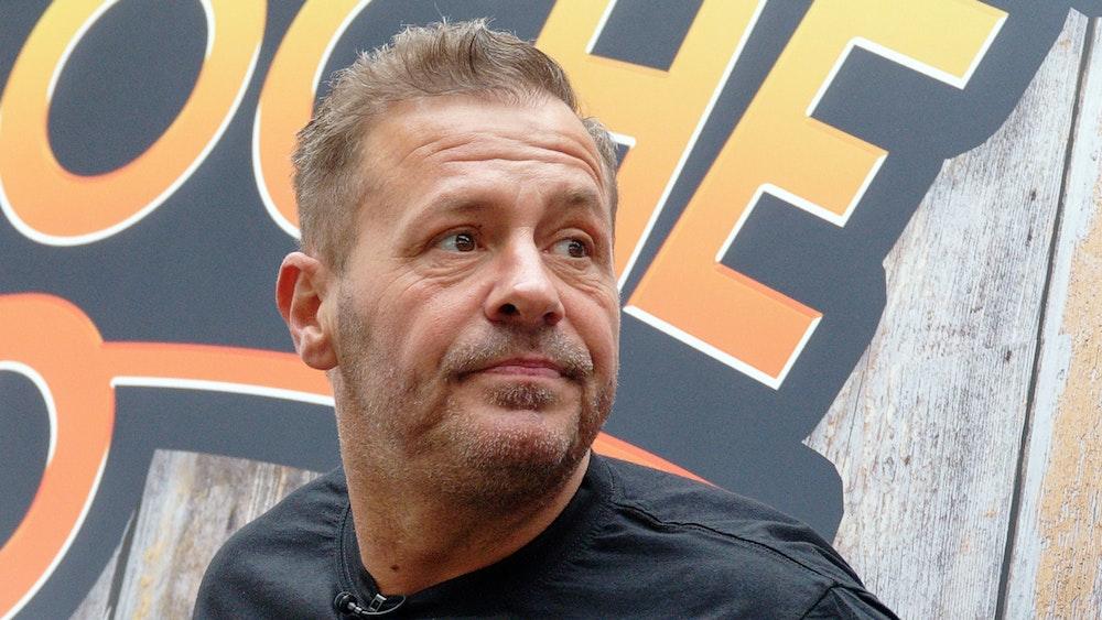 """Schauspieler und Reality-Star Willi Herren bei der Eröffnung von """"Willi Herren's Rievkooche Bud""""."""