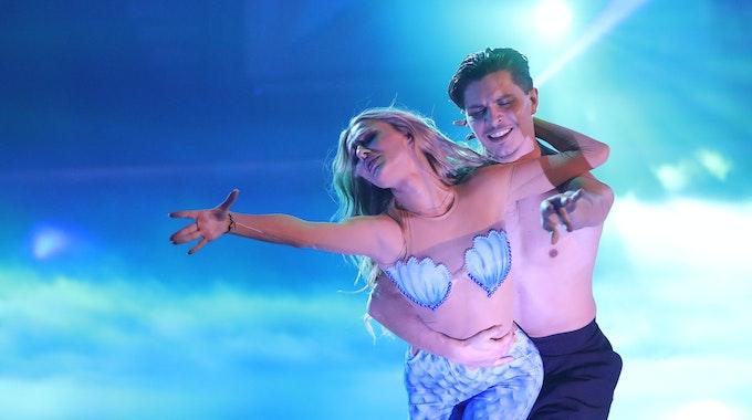 """Profitänzer Alexandru Ionel und Profitänzerin Patricija Belousova, hier bei der RTL-Tanzshow """"Let's Dance"""", freuen sich auf ihr erstes Kind."""