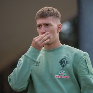 Mitchell Weiser beim Freundschaftsspiel zwischen Werder Bremen und Heracles Almelo.