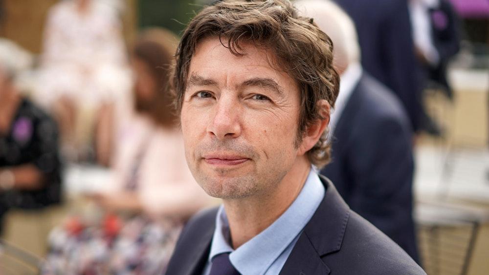 Charité-Virologe Christian Drosten (hier im Juli 2021) rechnet fest damit, dass im Herbst wieder gesamtgesellschaftliche Kontaktbeschränkungen nötig werden.