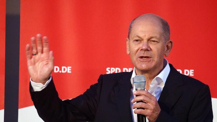 SPD-Kanzlerkandidat Olaf Scholz (hier am 03. September in Berlin) hat mit ungewöhnlichen Worten für das Impfen gegen Covid-19 geworben.