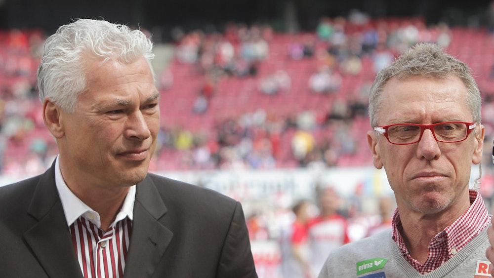 Toni Polster und Peter Stöger im Rhein-Energie-Stadion. Das Bild wurde im April 2015 aufgenommen.