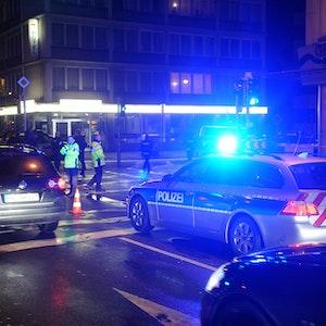 Die Polizei musste massiv eingreifen (hier ein Archivfoto von einem Einsatz der Polizei nach einer Massenschlägerei in Bremen 2013).