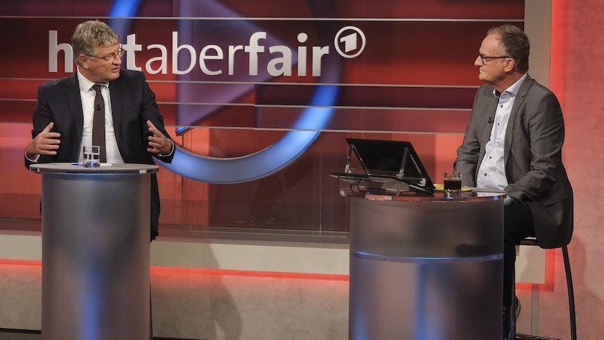Nach einem Konter von Moderator Frank Plasberg (r.) wurde AfD-Sprecher Jörg Meuthen kleinlaut und musste sogar die eigene Partei kritisieren.