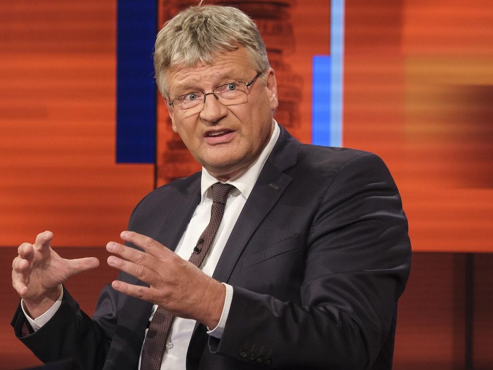 """AfD-Bundessprecher Jörg Meuthen wurde bei """"Hart aber fair"""" am Montag (6. September) nach einem Konter von Moderator Frank Plasberg plötzlich kleinlaut."""