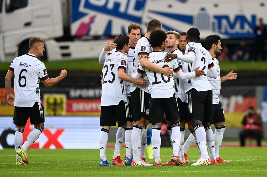 Deutscher Jubel über den dritten Sieg im dritten Spiel unter Flick